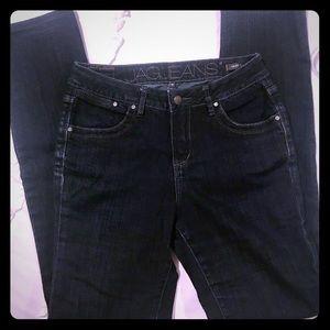 JAG jeans mid rise slim leg size 4 EUC dark denim
